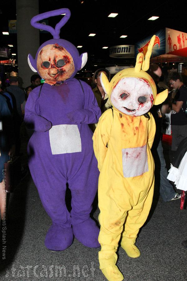 PHOTOS 2014 San Diego Comic-Con Zombie Teletubbies costumes steal
