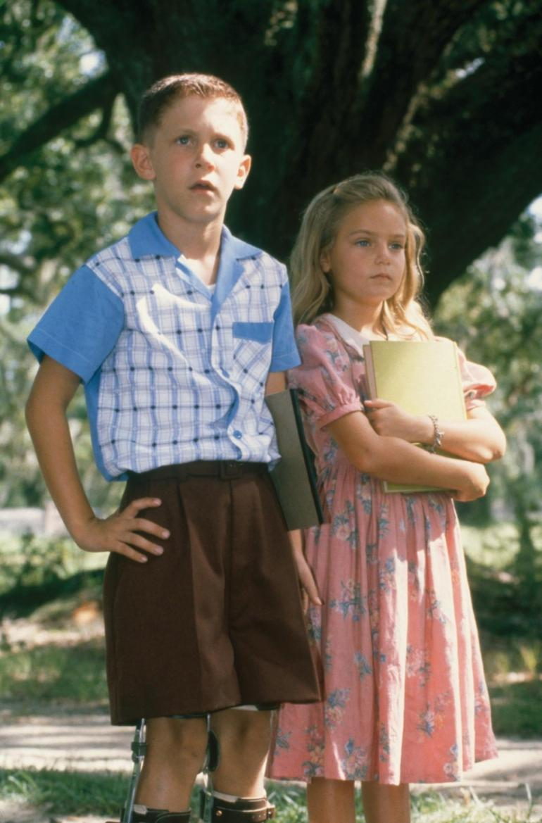 jenny from forrest gump personality trait The character jenny curran from the movie forrest gump, had a tough life from  the very beginning of the movie throughout to the end during the movie, most.