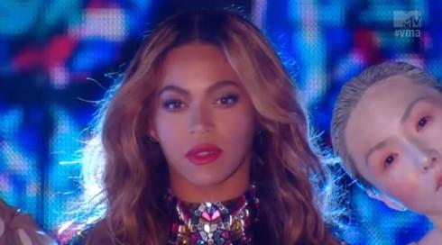 Beyonce 2014 VMAs