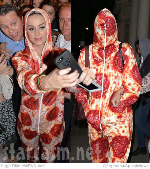 Katy Perry and Cara Delevingne wearing pepperoni pizza onesies