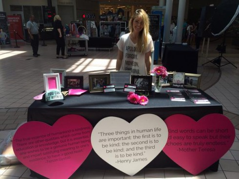 Lauren Paul Kind Campaign Activism