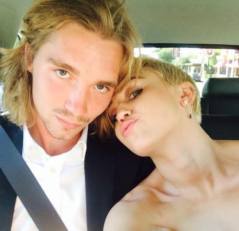 Miley Cyrus - Jesse Helt 2014 VMAs