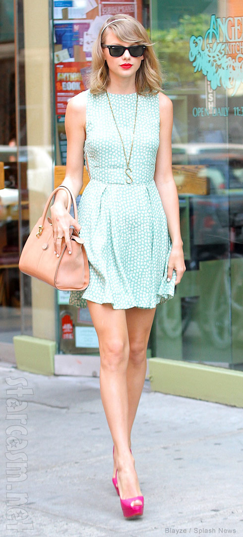 Photos Taylor Swift Is The Real Human Barbie