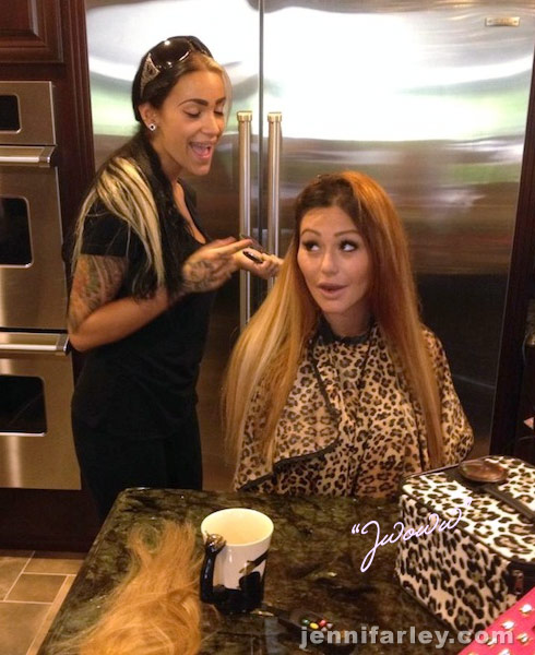 JWoww gets her hair dyed blonde
