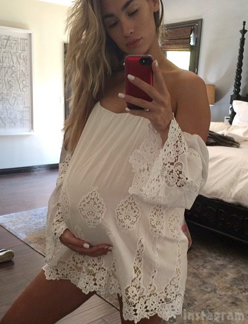 Pete Wentz's girlfriend Meagan Camper pregnant