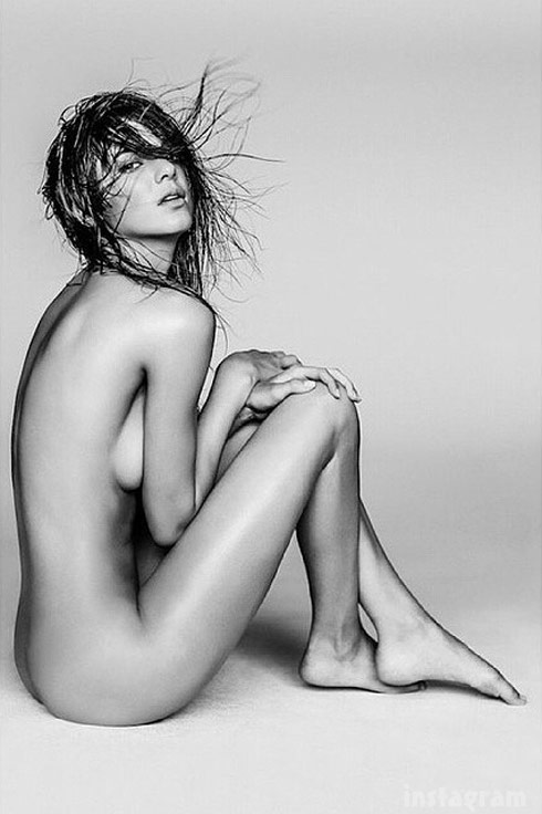 Kendall Jenner nude photo leaked by sister Kourtney