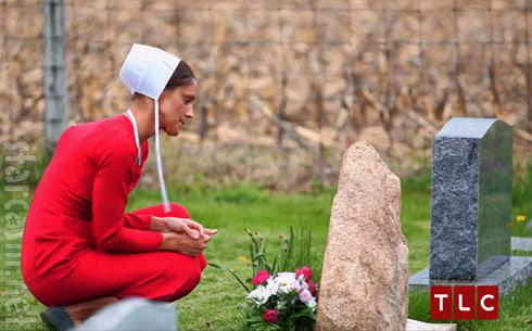 Vonda Schrock visits boyfriend's grave