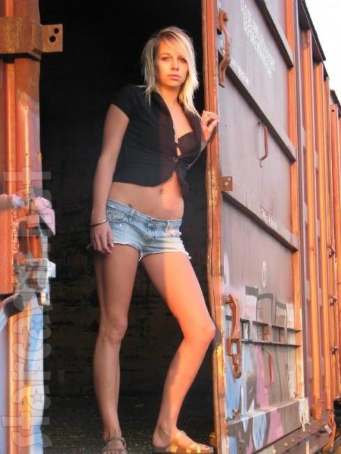 Adam Lind New Girlfriend - Brooke Beaton Modeling