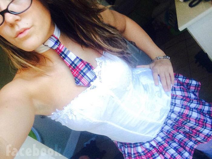 Jenelle Evans sexy schoolgirl costume
