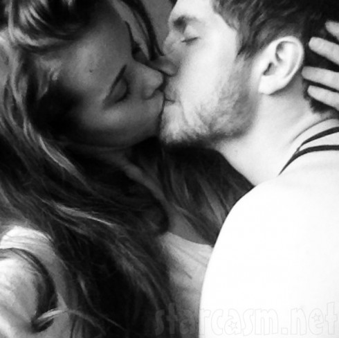 Jessa Seewald Kissing Ben Seewald