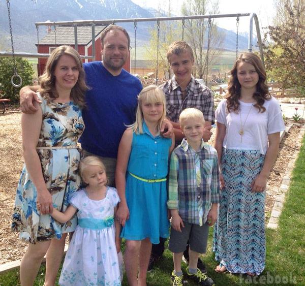 Brady Williams Nonie Williams_family photo My Five Wives
