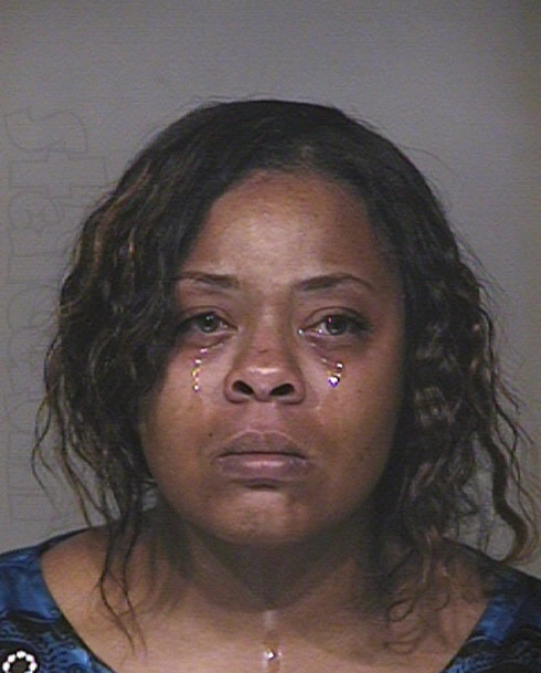 Hot car mom Shanesha Taylor mug shot crying