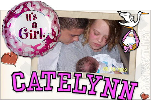 Catelynn Lowell gives birth to baby girl