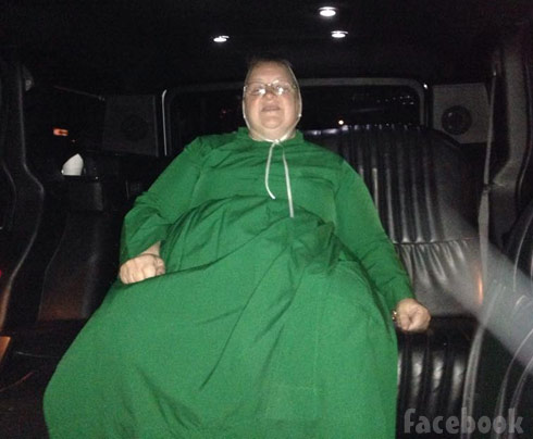 Breaking Amish Mary Schmucker limo