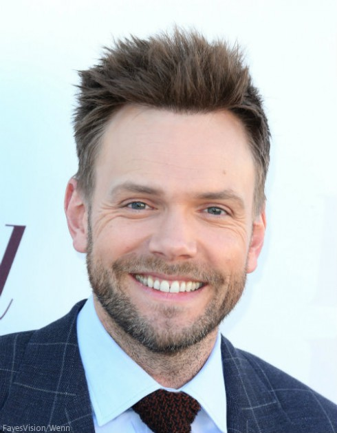 Joel McHale Daily Show Replacement
