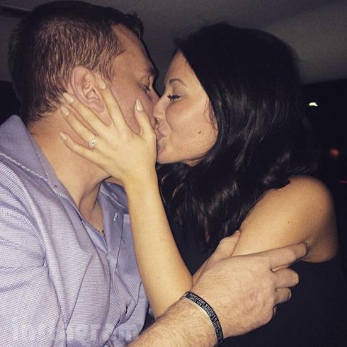 Bristol Palin fiance Dakota Meyer kissing