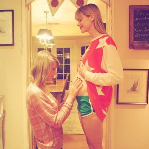 Taylor Swift and Jaime King Baby Bump