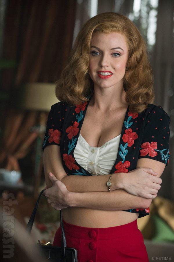 Kelli Garner as Norma Jeane Mortenson in The Secret Life of Marilyn Monroe Lifetime miniseries