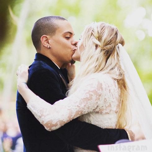 Evan Ross Ashlee Simpson wedding photo