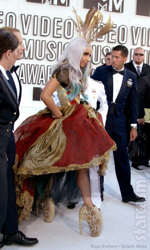 Lady Gaga Alexander McQueen boots 2010 VMAs