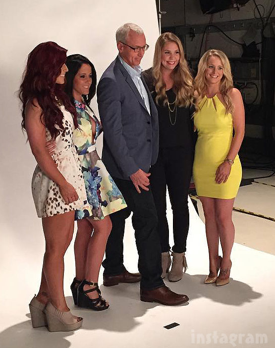 Teen Mom 2 Season 6 Reunion 2015 cast photo with Dr. Drew