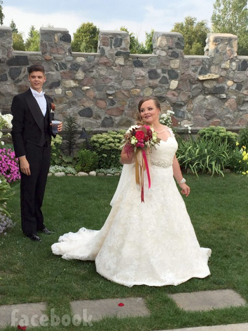 Catelynn Lowell wedding dress photo