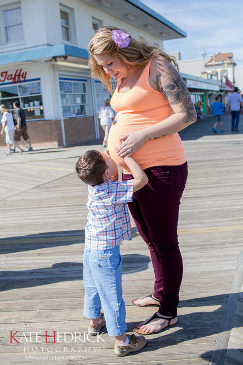 Kailyn Lowry pregnant with Isaac at the beach