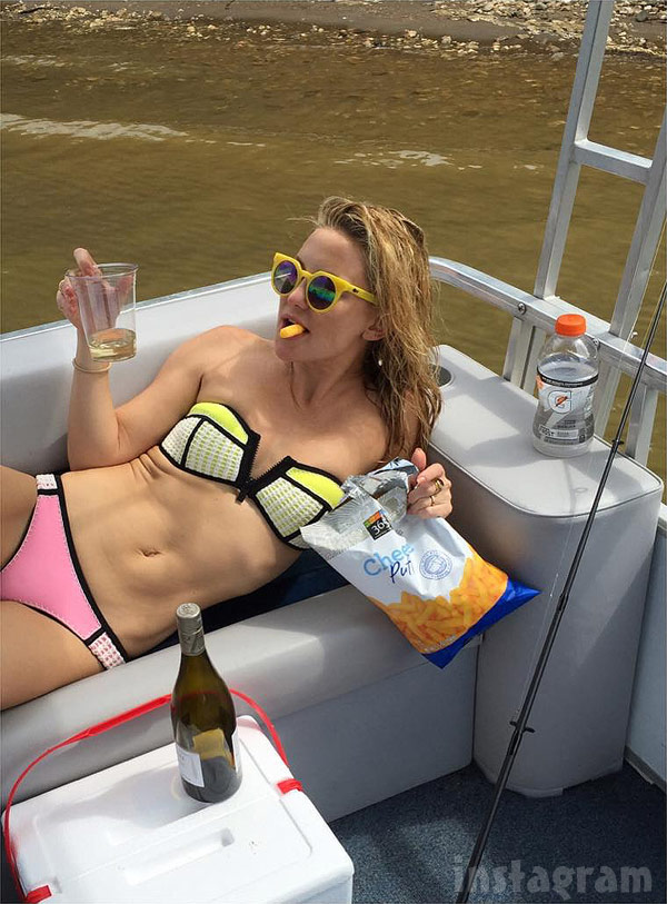 Kate Hudson wine and cheese puffs