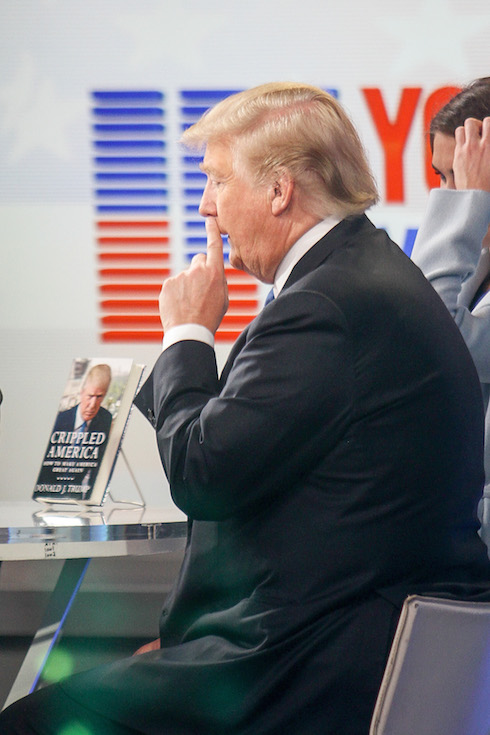 Donald Trump caught picking his nose while at the Good Morning America in New York City Pictured: Donald Trump Ref: SPL1167586 031115 Picture by: Splash News Splash News and Pictures Los Angeles: 310-821-2666 New York: 212-619-2666 London: 870-934-2666 photodesk@splashnews.com