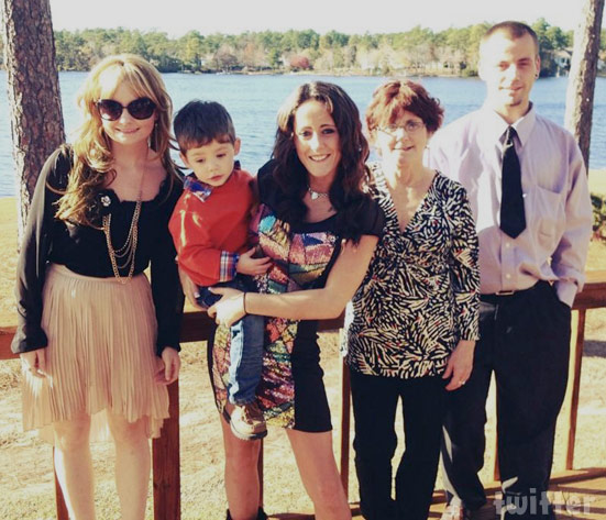 Jenelle Evans family photo with brother Colin Evans and sister Ashleigh