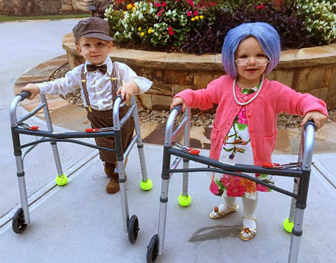 Kim Zolciak twins Kane Kaia Halloween - Click to see the rest of the photos!