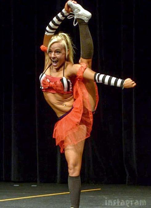 Mackenzie McKee NPC dance pirate
