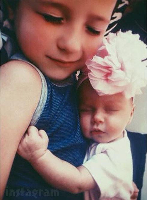 Nikkole Paulun's daughter Ellie and son Lyle