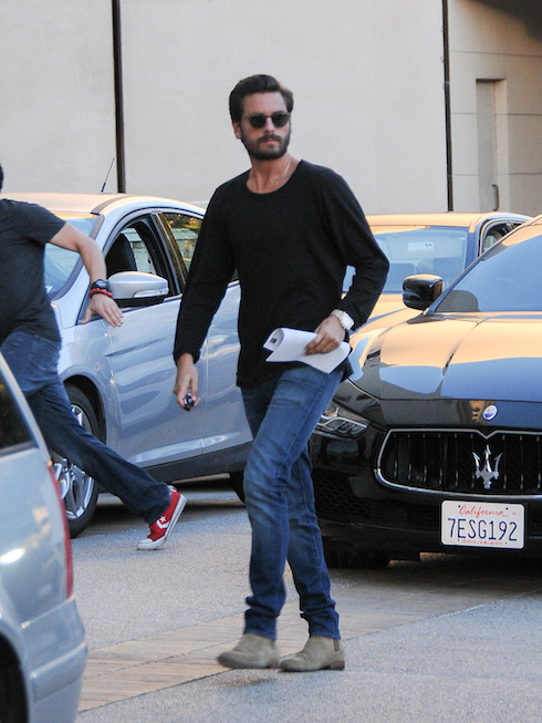 Scott Disick is seen in Los Angeles, California. Pictured: Scott Disick Ref: SPL1175929 121115 Picture by: Bauer-Griffin/Bauergriffin.com