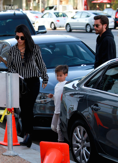 Kourtney Kardashian and Scott Disick take their son Mason to RH Contemporary Art in Beverly Hills, after spending Thanksgiving together. Featuring: Kourtney Kardashian, Scott Disick, Mason Dash Disick Where: Beverly Hills, California, United States When: 27 Nov 2015 Credit: WENN.com