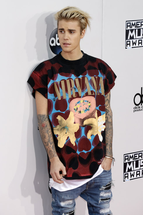 Justin Bieber attending the 2015 American Music Awards at Microsoft Theater on November 22, 2015 in Los Angeles, California. Featuring: American Music Awards 2015 Where: Los Angeles, California, United States When: 23 Nov 2015 Credit: Dave Bedrosian/Future Image/WENN.com **Not available for publication in Germany, Poland, Russia, Hungary, Slovenia, Czech Republic, Serbia, Croatia, Slovakia**