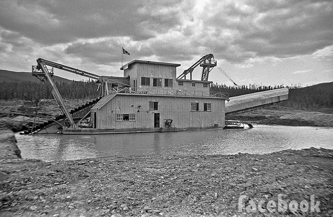 Tony Beets dredge vintage photo 1960