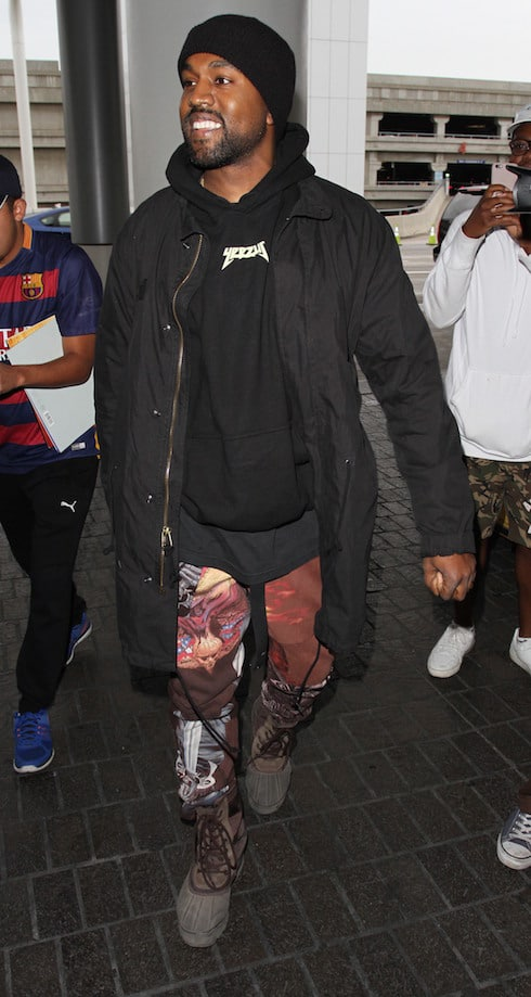 Kanye West departs on a flight from Los Angeles International Airport (LAX) Featuring: Kanye West Where: Los Angeles, California, United States When: 17 Feb 2016 Credit: WENN.com