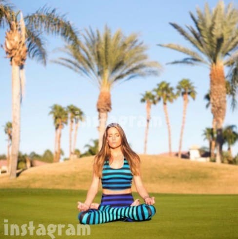 Cary-Deuber-yoga-1-488x490