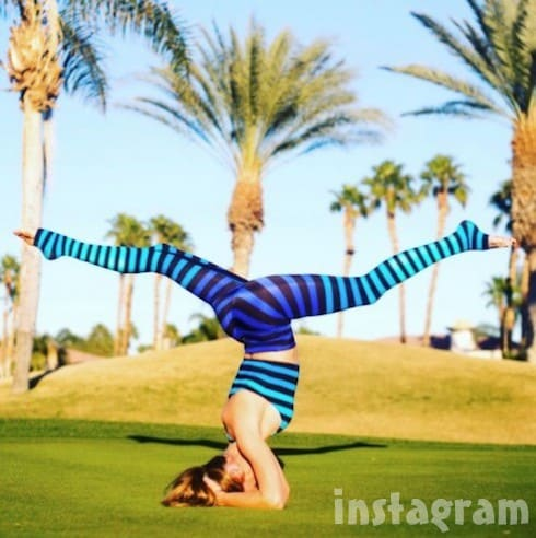 Cary-Deuber-yoga-pants-7-488x490