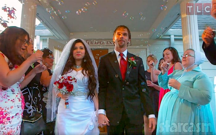 Breaking Amish Jeremiah Raber Wedding Photo With Wife