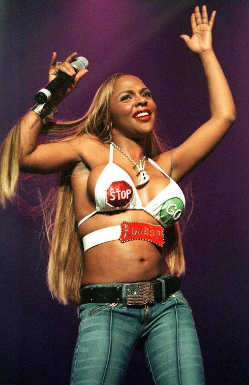 KIMBERLY JONES aka LIL' KIM performs at the BREATHE concert for Breast Cancer Treatment and Research held at the Wiltern Theatre WENN Where: Los Angeles, California, United States When: 27 Oct 2001 Credit: WENN