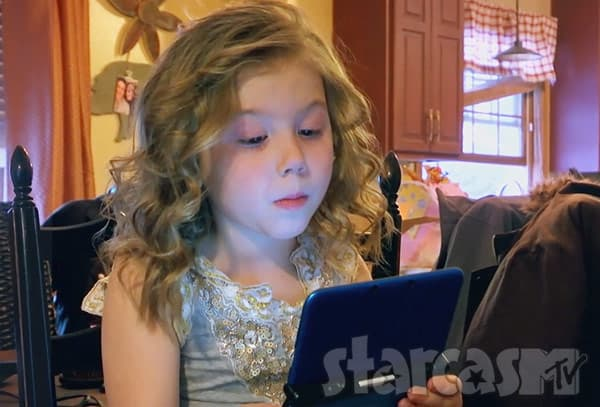 Teen Mom 2 Chelsea's daughter Aubree Skye Houska with curly hair