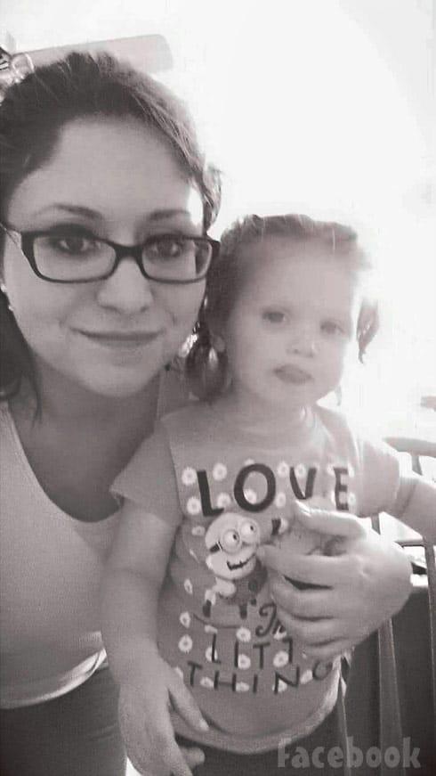 Breaking Amish Sabrina regains custody of daughter daughter Oakley 2016