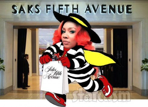 Karen_King_Saks_Fifth_Avenue_arrest_490