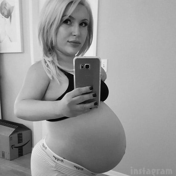 Little Women LA Pregnant Elena Gant baby bump photo