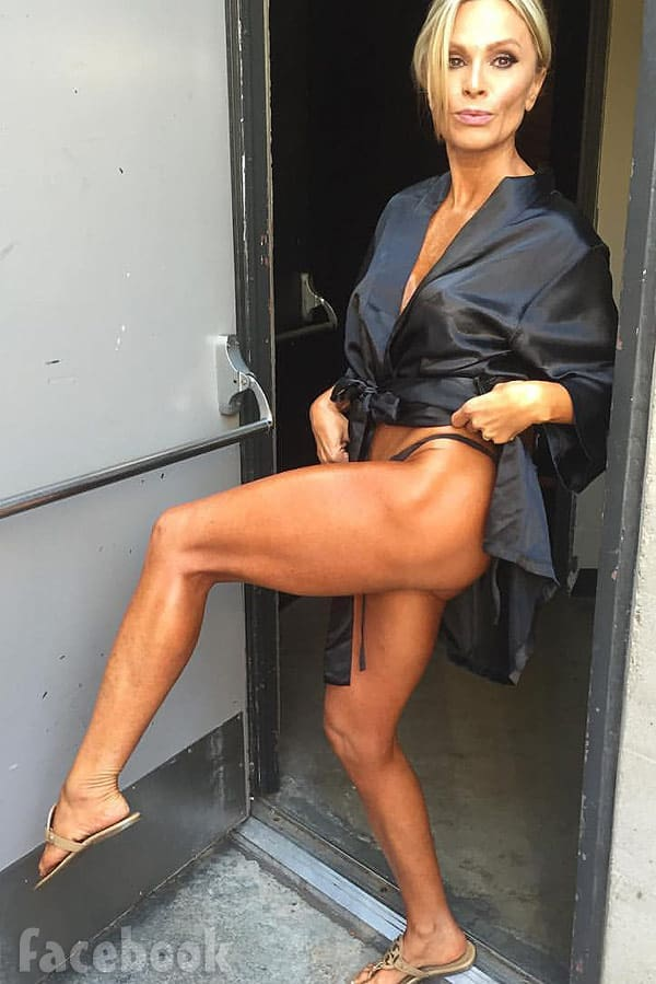 Tamra Judge tan toned leg