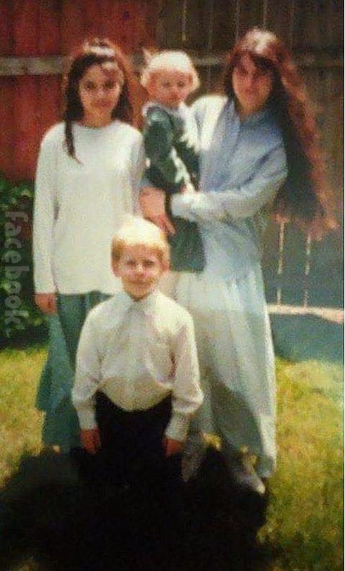 Return To Amish Carmela Raber cult photo