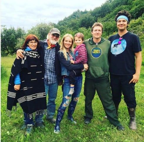 Alaska The Last Frontier cast 2