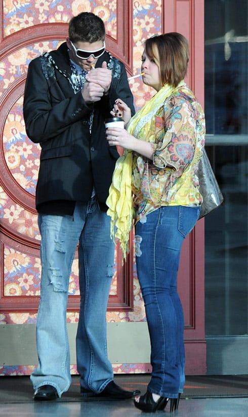 Catelynn and Tyler Baltierra smoking